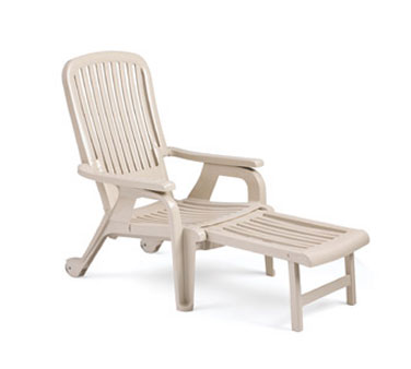 Grosfillex Sandstone Bahia Deck Chair, Set of 10