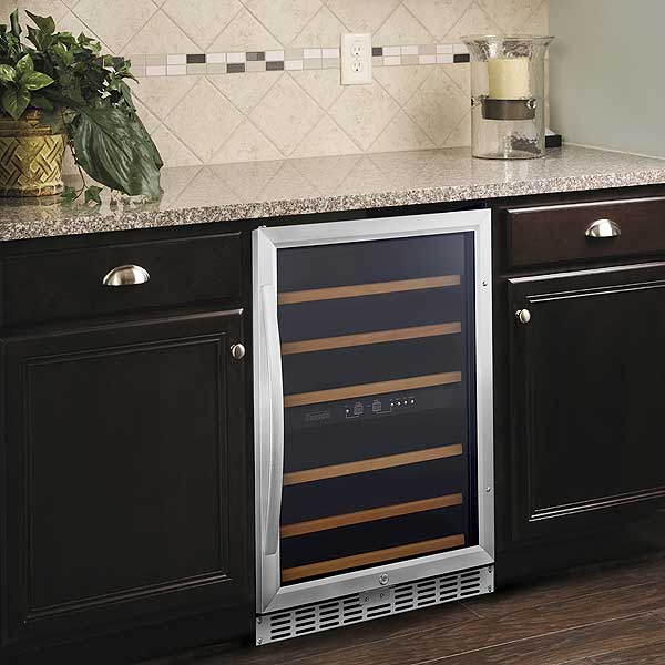 Eurodib Urban Style Wine Cabinet Reach In One Section Usf54d