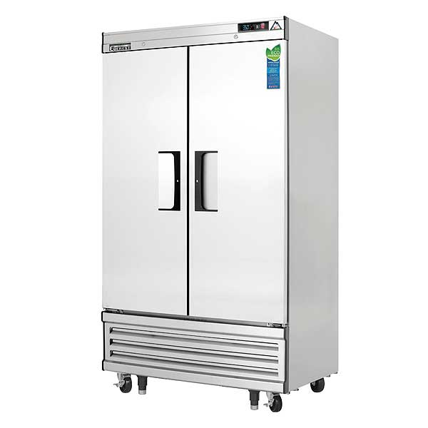 """Everest Reach-In Refrigerator Two-section 39-3/8""""W - EBNR2"""