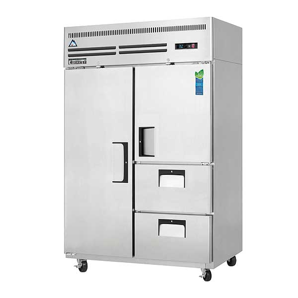 """Everest Reach-In Refrigerator Two-section 49-5/8""""W - ESR2D2"""