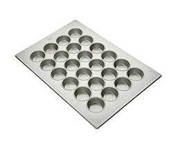 Large Cupcake Pan / Muffin Pan by Focus