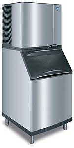 Manitowoc 850 Series Water Cooled Ice Machine - Half Dice with B-570 Bin